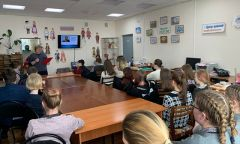 Патриотический урок «А. Невский – заступник Отечества» в Сюмсинской библиотеке