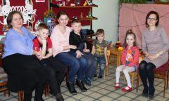 Очередная встреча в клубе «Мама в теме» приЮкаменской районной библиотеке