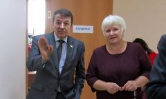 Визит министра культуры УР В. М. Соловьева вШарканскую библиотеку