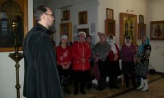 Занятие клуба «Бабушки-сударушки» в Свято-Троицком храме