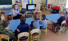 День защитника Отечества в Дебёсской детской библиотеке
