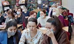 Интеллектуальная игра «Русских сказок чудные страницы» в Алнашской библиотеке