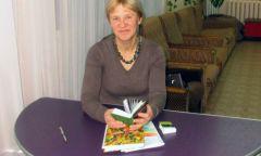 Творческая встреча с игринской поэтессой Надеждой Гололобовой